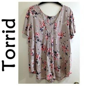Torrid Short Sleeve Floral Pleated Blouse Top 3